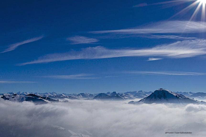 bergblick_ballonfahren_pioneertravel2